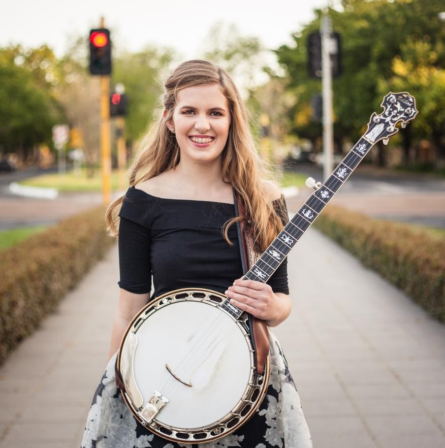 Taylor Pfeiffer 'The Banjo Girl'