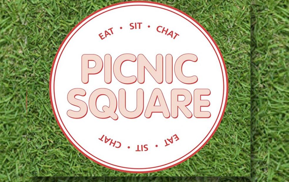 picnics + live music in vic square