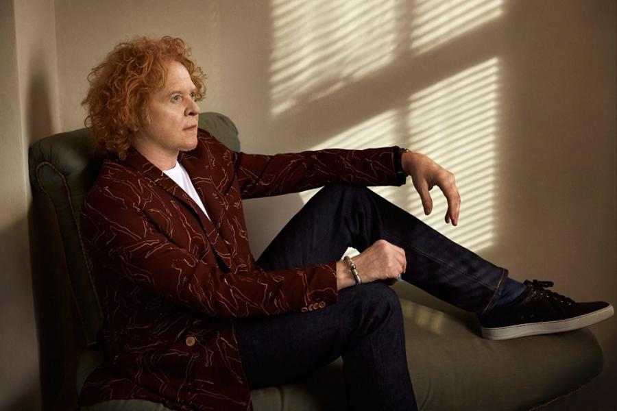 a day on the green with simply red