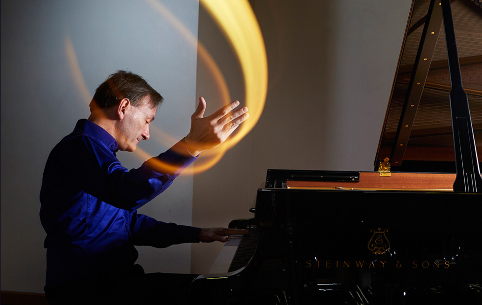 Musica Viva's Under 30's with Stephen Hough